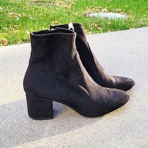 Aldo soft ankle booties faux suede,  zipper, chunky heel black